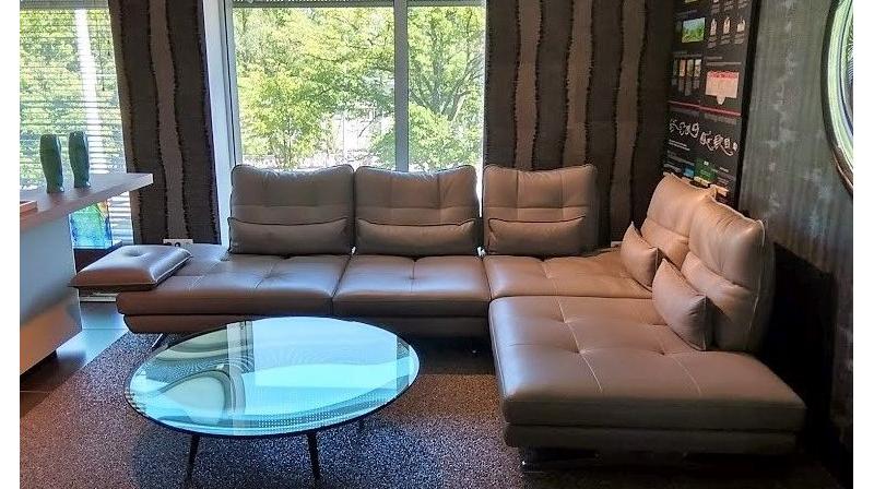 ILARIA max divani